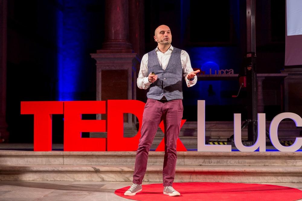 Claudio Vaccaro al TEDx Lucca: il marketing nell'era dell'attenzione